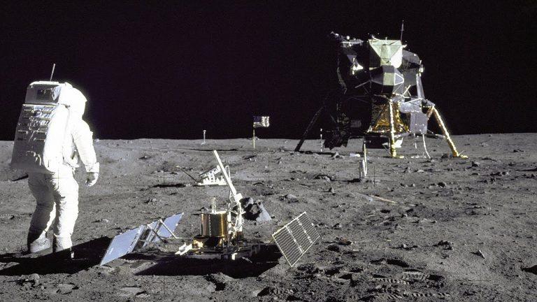 "Apollo 50: Το βίντεο του ""γιγάντιου άλματος"""